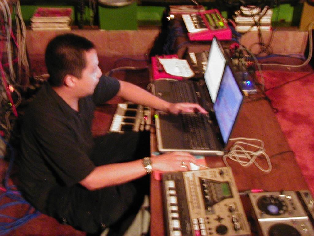 Acid42 performing Balalaika in 2002